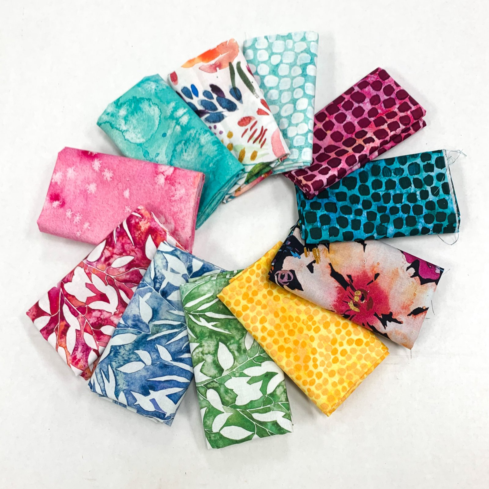 Moda Laura Muir Brightly Blooming Fat Quarter Bundle