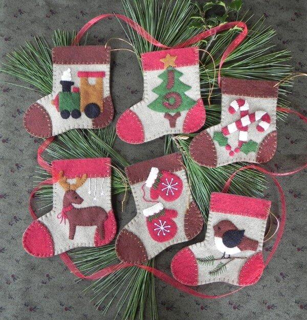 Wool Ornaments - Warm Feet
