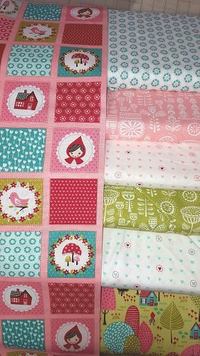Lil Red - 7 Assorted Fat Quarters LRFQB