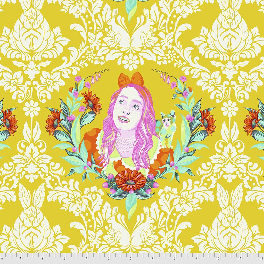 Curiouser & Curiouser PWTP159.Sugar Yellow Alice