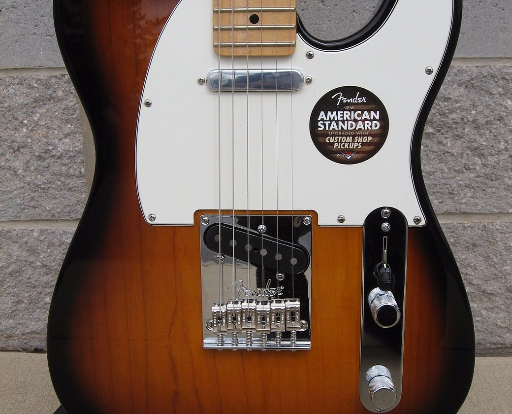 Fender American Standard Telecaster - 2 Color Sunburst w/ Maple Fingerboard