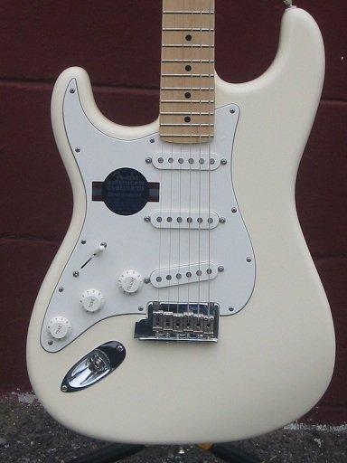 Fender American Standard Strat Olympic White Lefthand