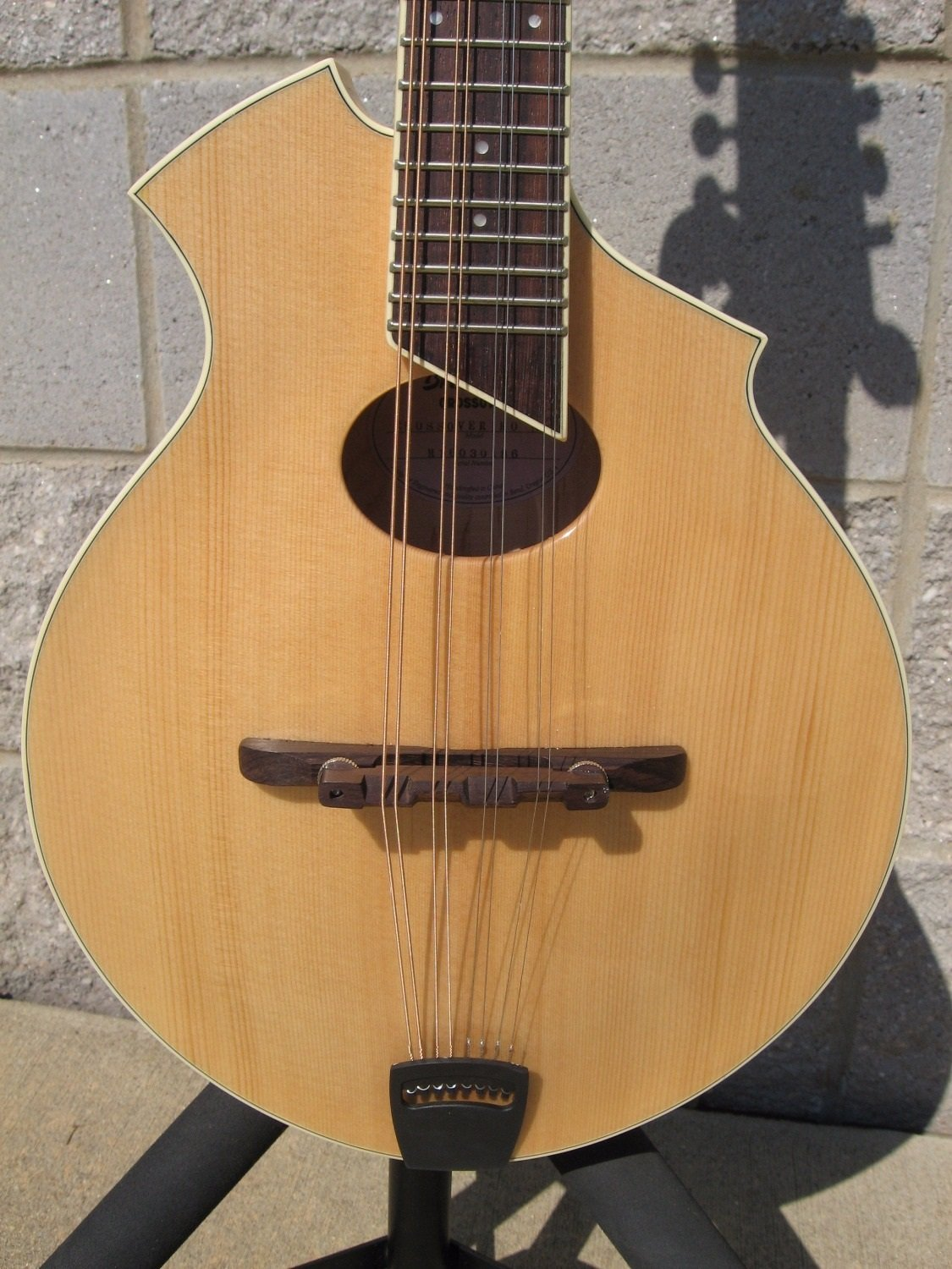 Breedlove Crossover KO Mandolin Natural