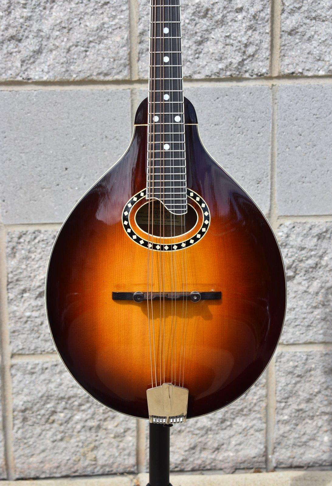 2013 Eastman MD504 Mandolin