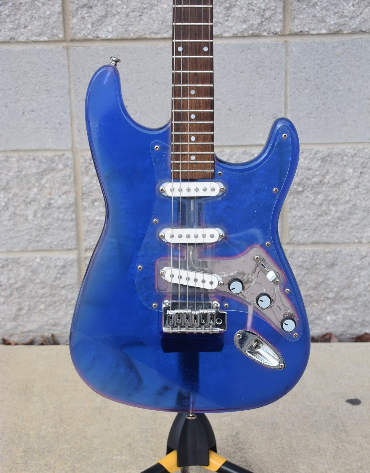Axiom Transica Acrylic Transparent Electric Guitar - Transparent Violet