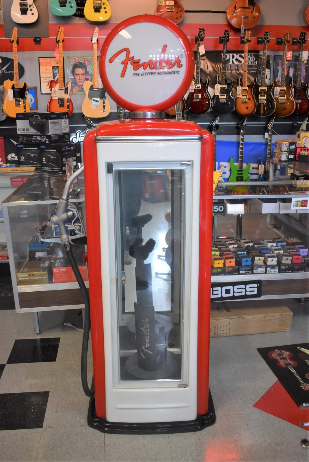 Fender Gas Pump  Guitar Display Case
