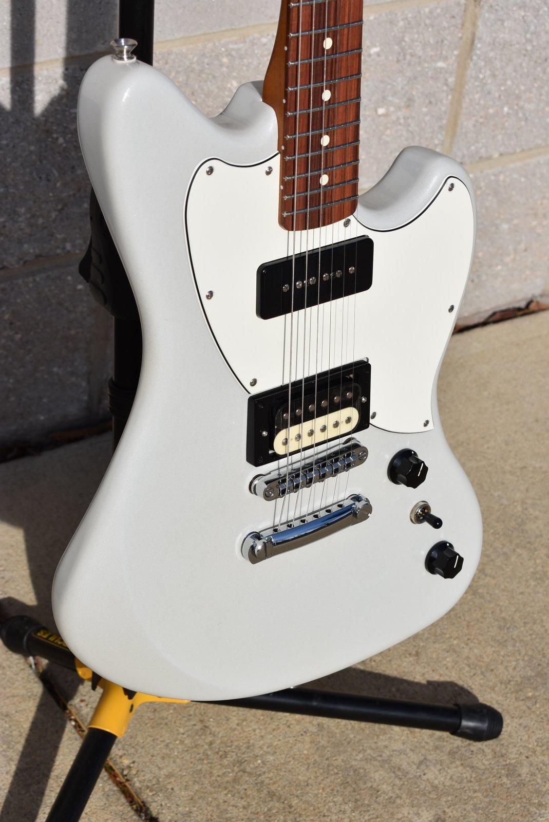Fender Alternate Reality Powercaster - White Opal