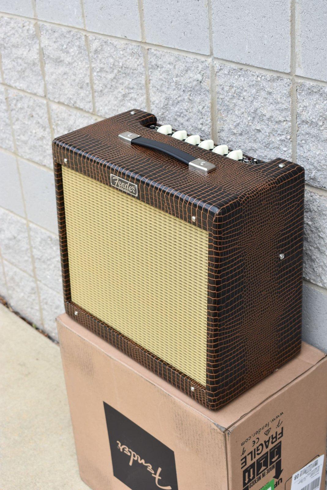 Fender FSR Blues Jr IV Alligator - 885978132218