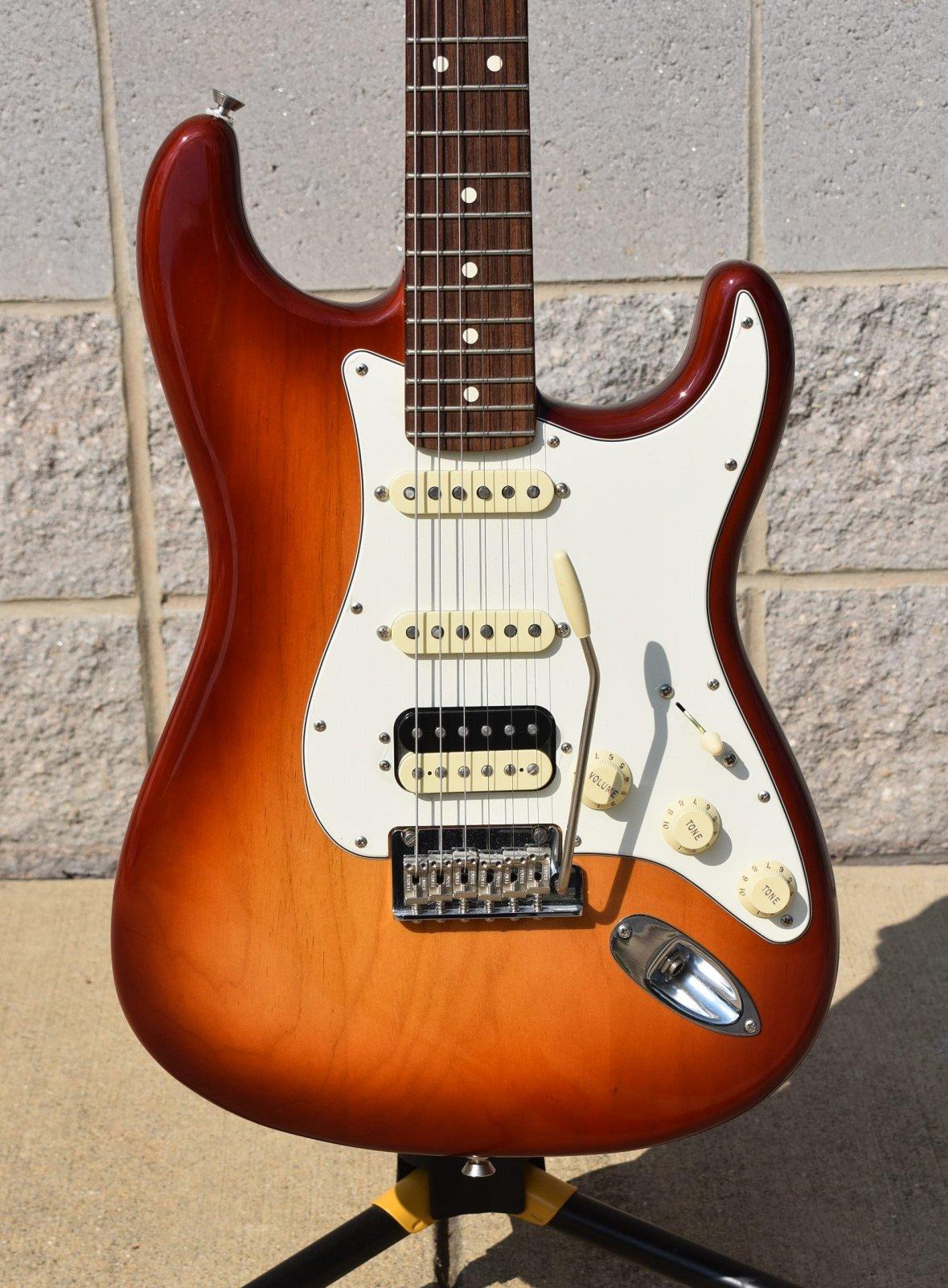 2017 American Professional Stratocaster - Sienna Sunburst