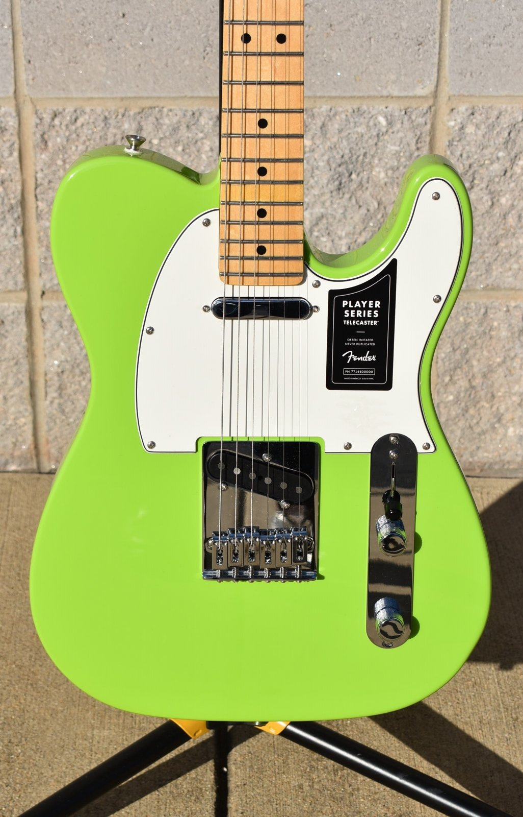 2019 Limited Edition Fender Player Telecaster     Electron Green