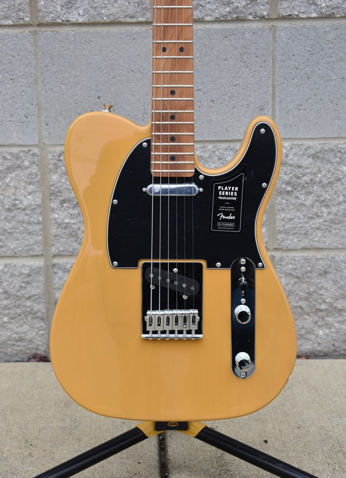 Fender Limited Edition Player Telecaster with Roasted  Maple Neck       Butterscotch Blonde