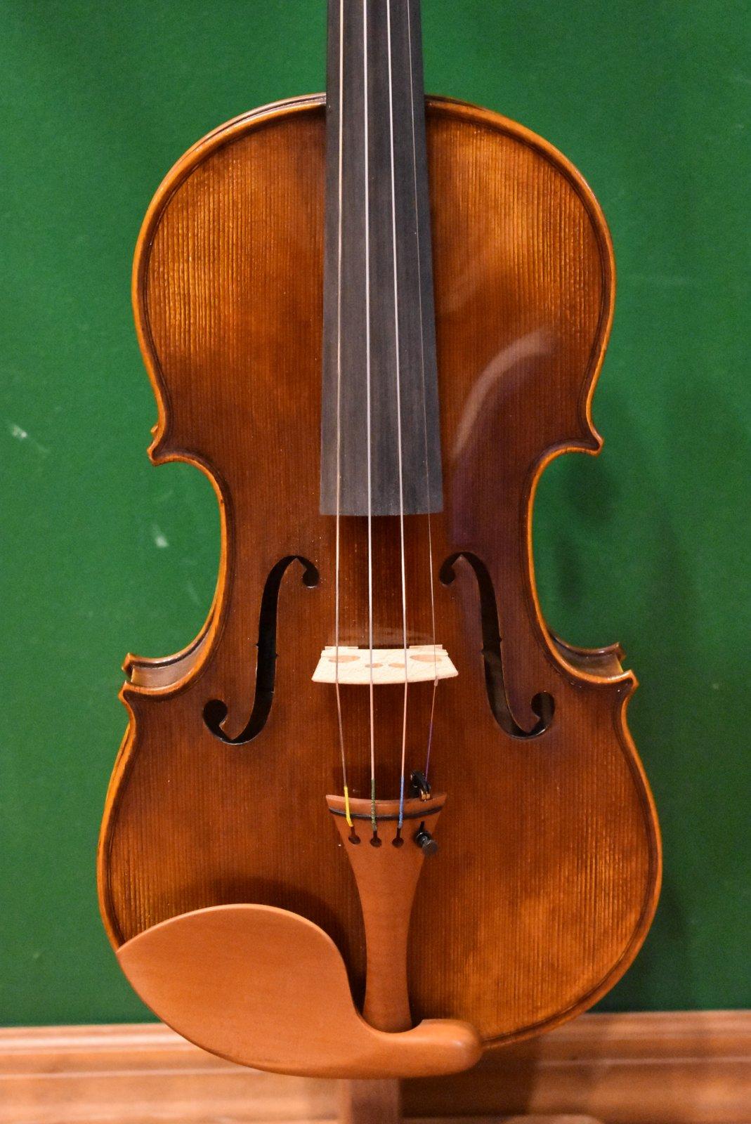 Eastman Otto Benjamin ML-500  4/4 Violin Outfit