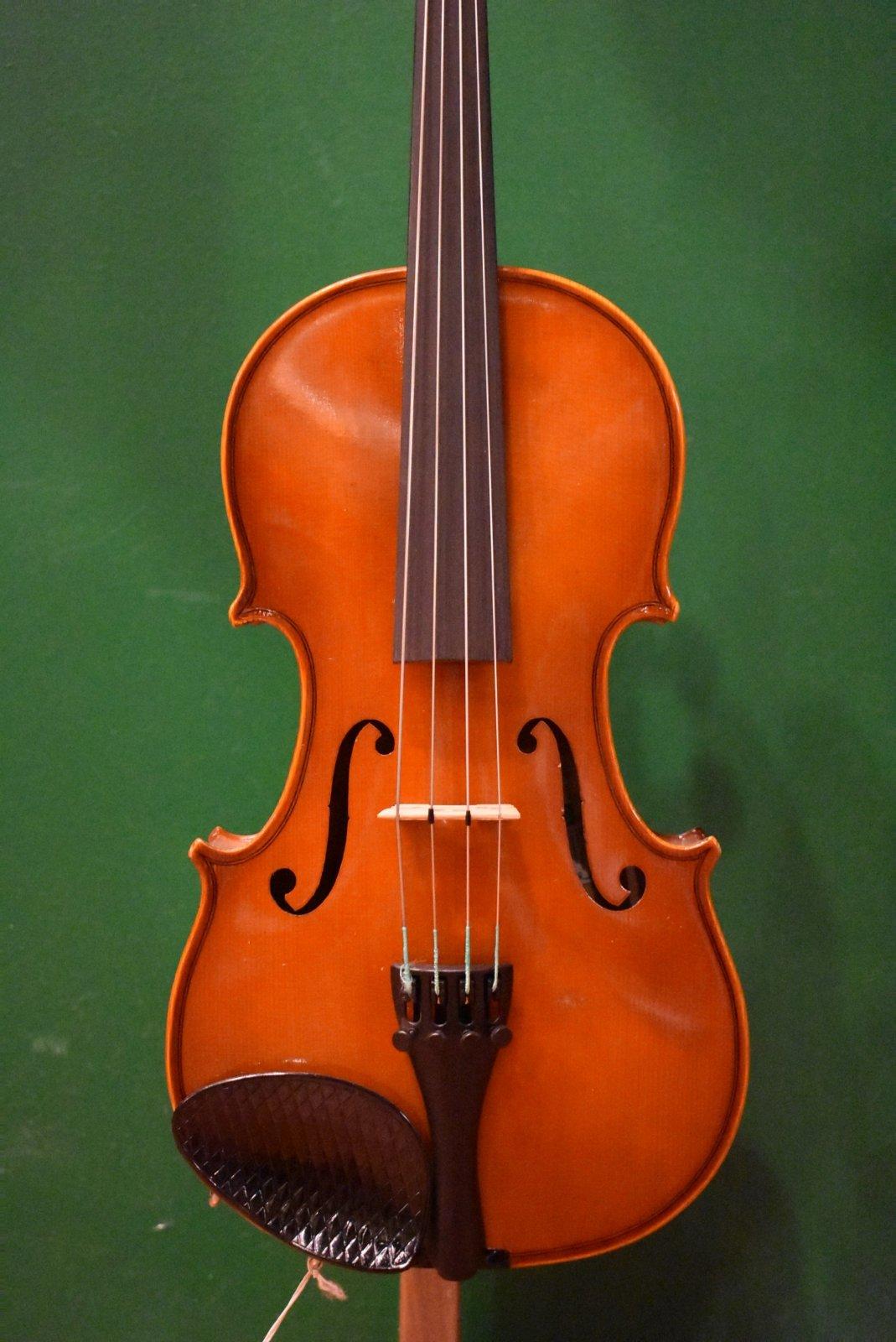 Glaesel VA17E    13 Junior Viola Outfit