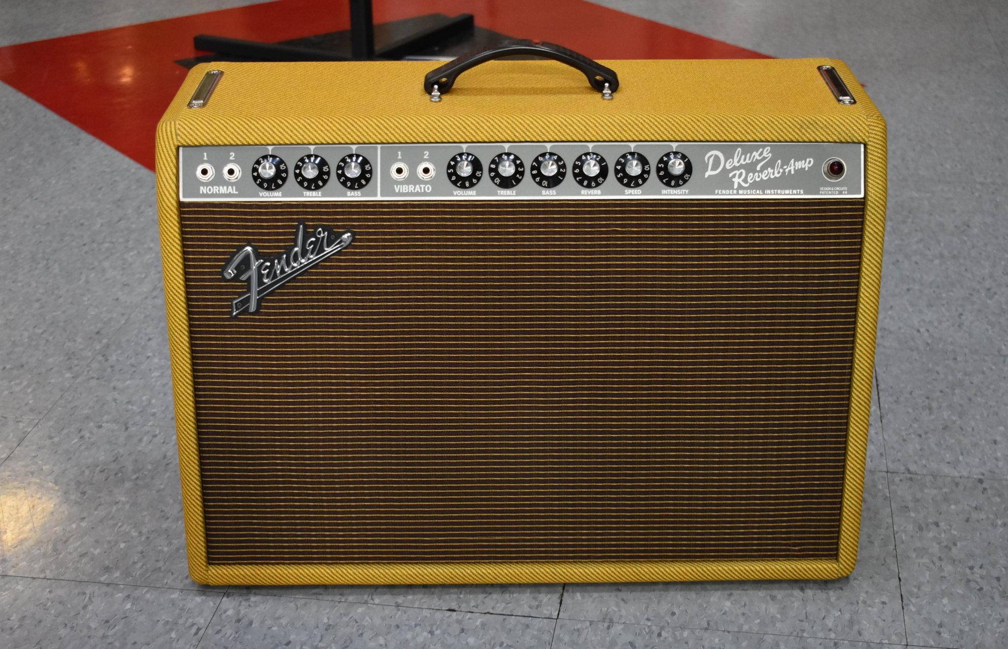 2015 Fender Limited Edition '65 Deluxe Reverb Lacquered Tweed