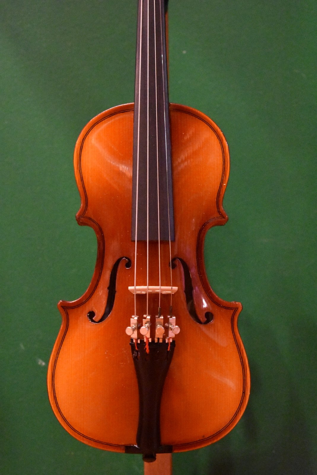 Andrew Schroetter 420   1/8 Violin Outfit