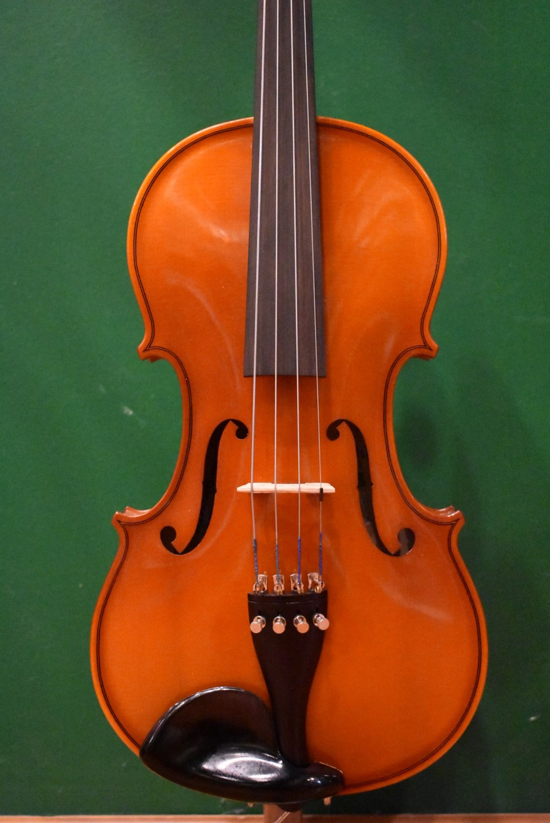 Glaesel VA25E6   14 Viola Outfit