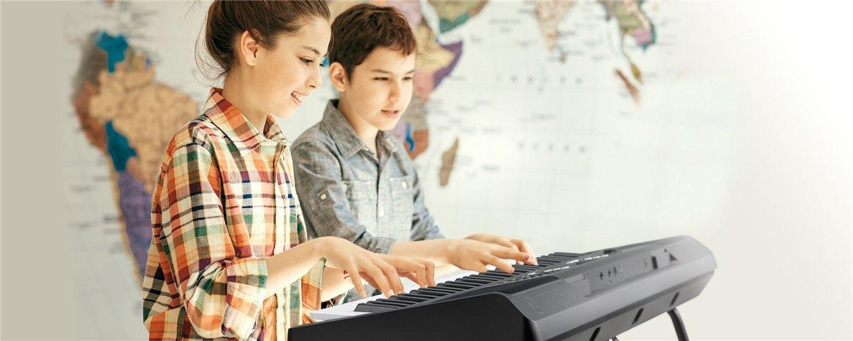 Yamaha PSR-E373KIT  Keyboard