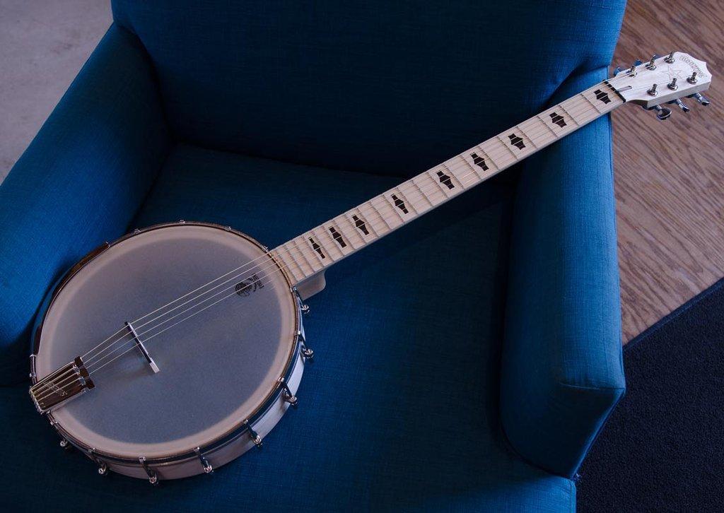 Deering Goodtime Six Jumbo - 6 string Banjo
