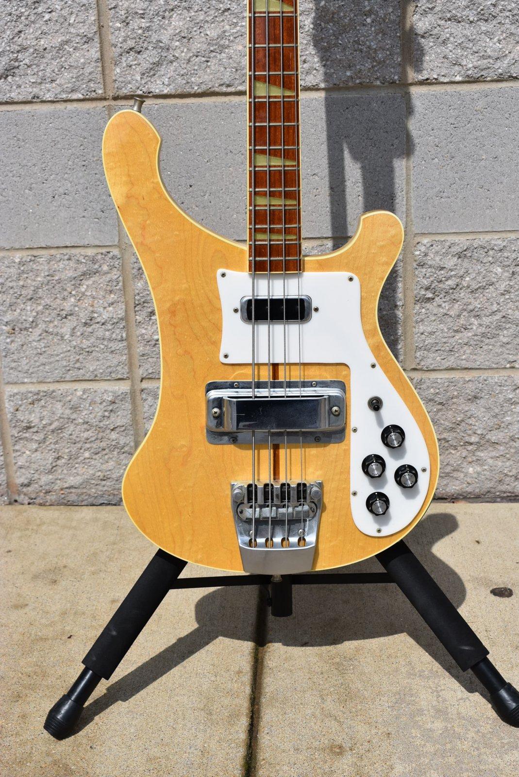 Used Rickenbacker 4001 Bass