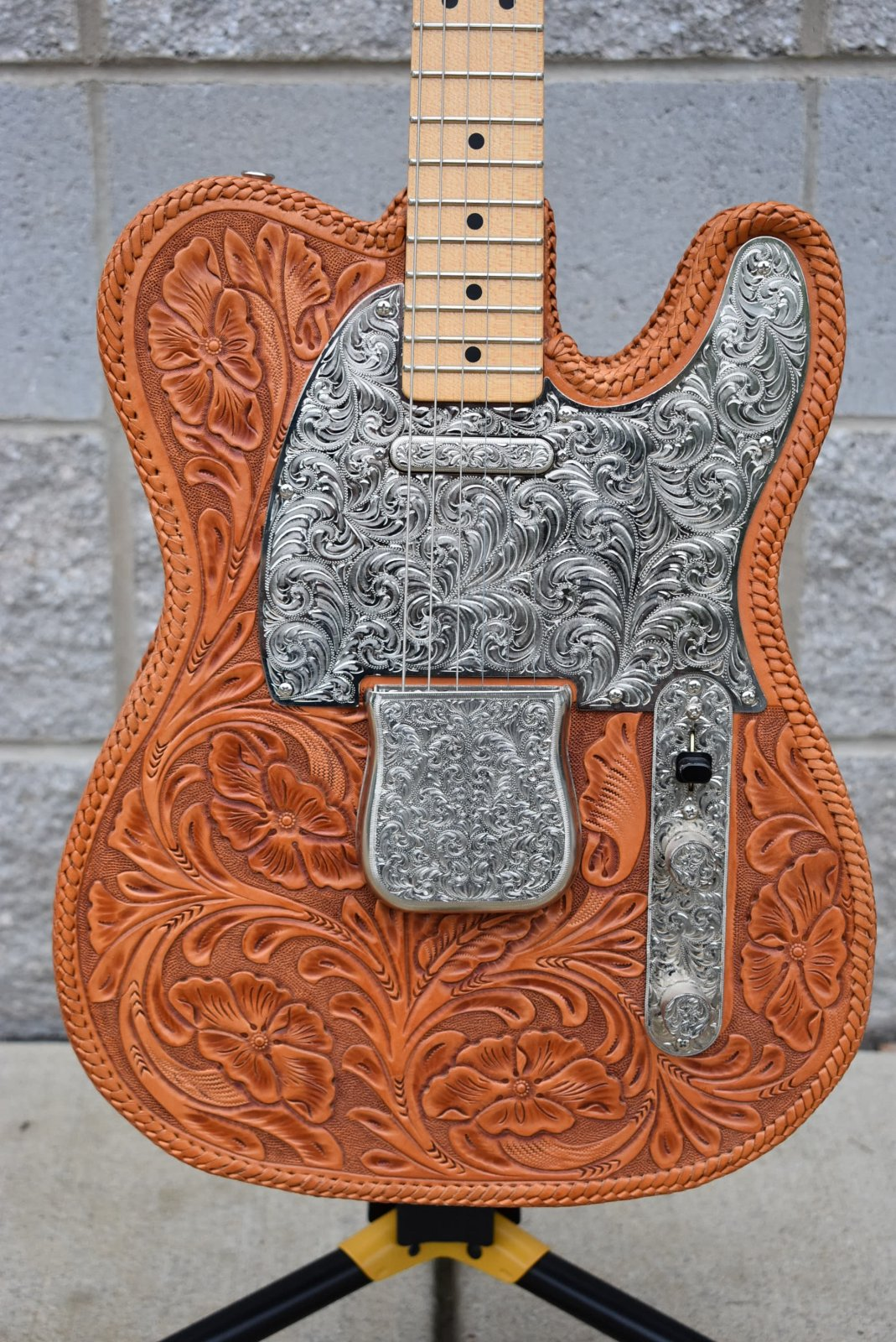Fender Custom Shop Masterbuilt Western Saddle Telecaster