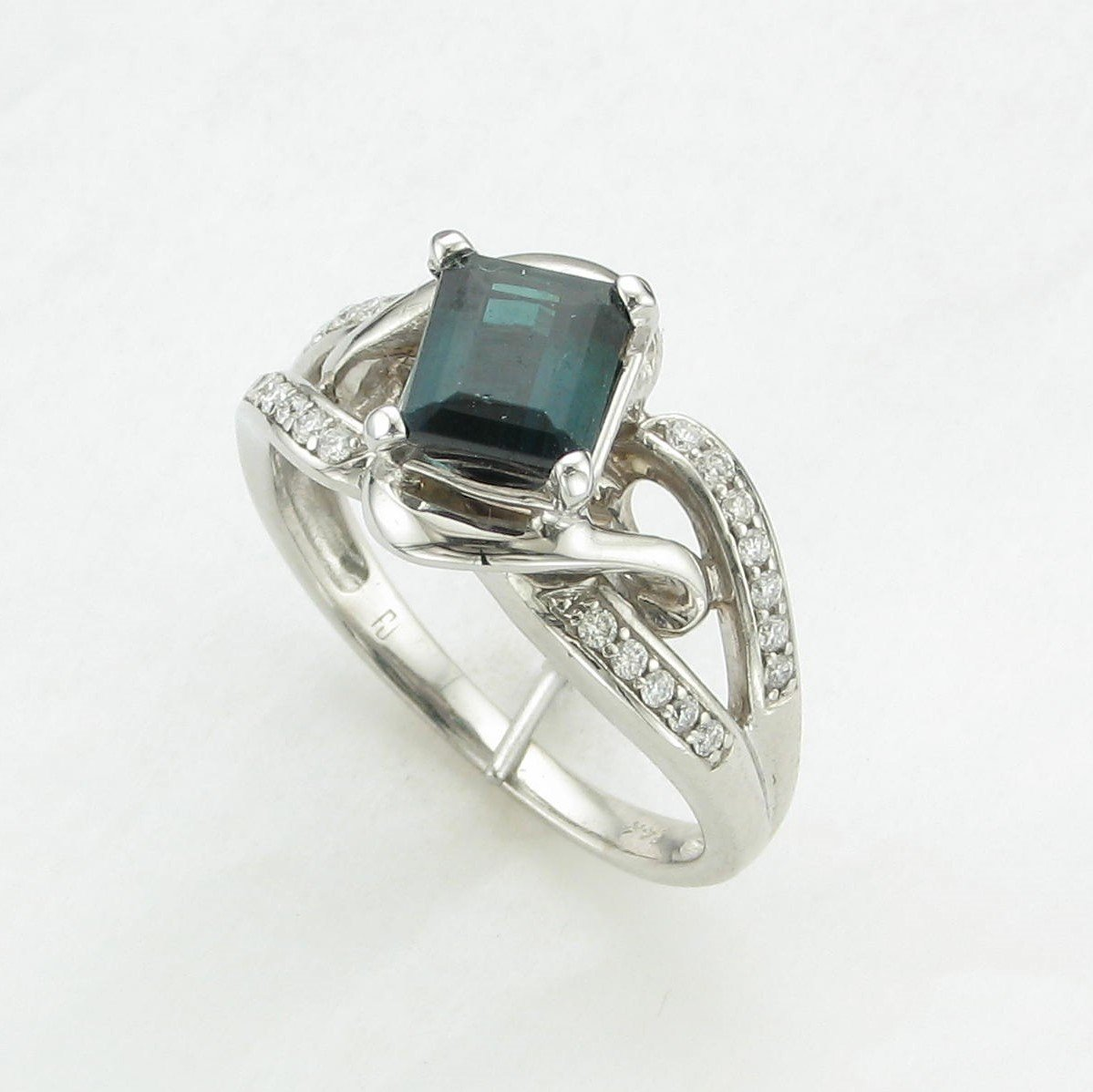 1.25ct Blue/Green Tourmaline and Diamond Ring set in 14K White Gold