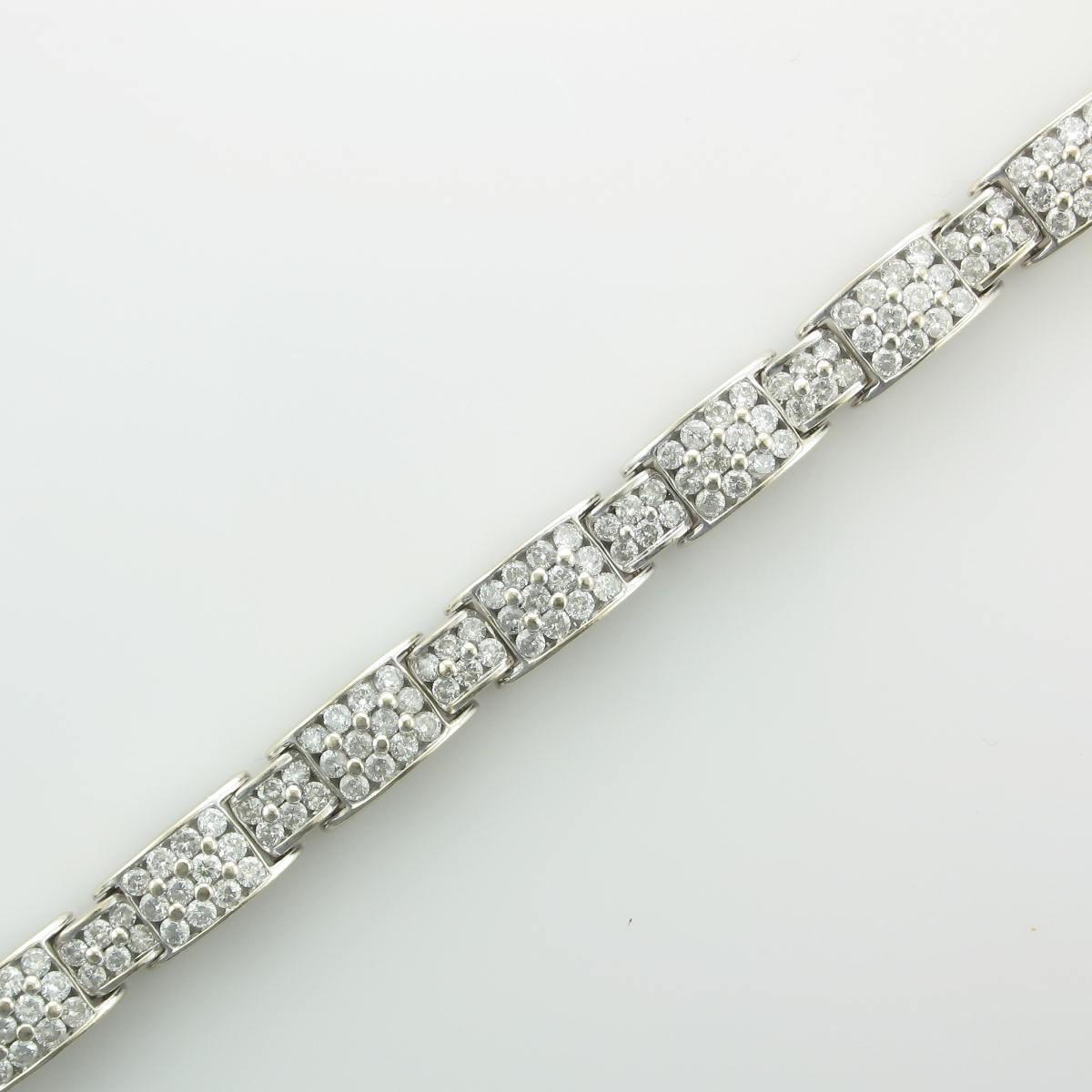 7.0tcw Diamond Bracelet set in 14K White Gold
