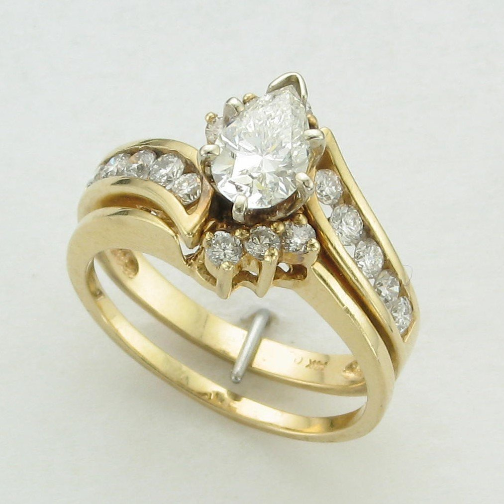 14K Yellow Gold Pear Diamond Wedding Set