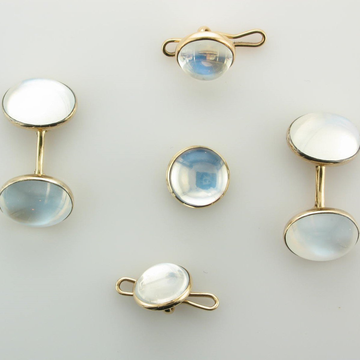 14K Yellow Gold Moonstone Shirt Set