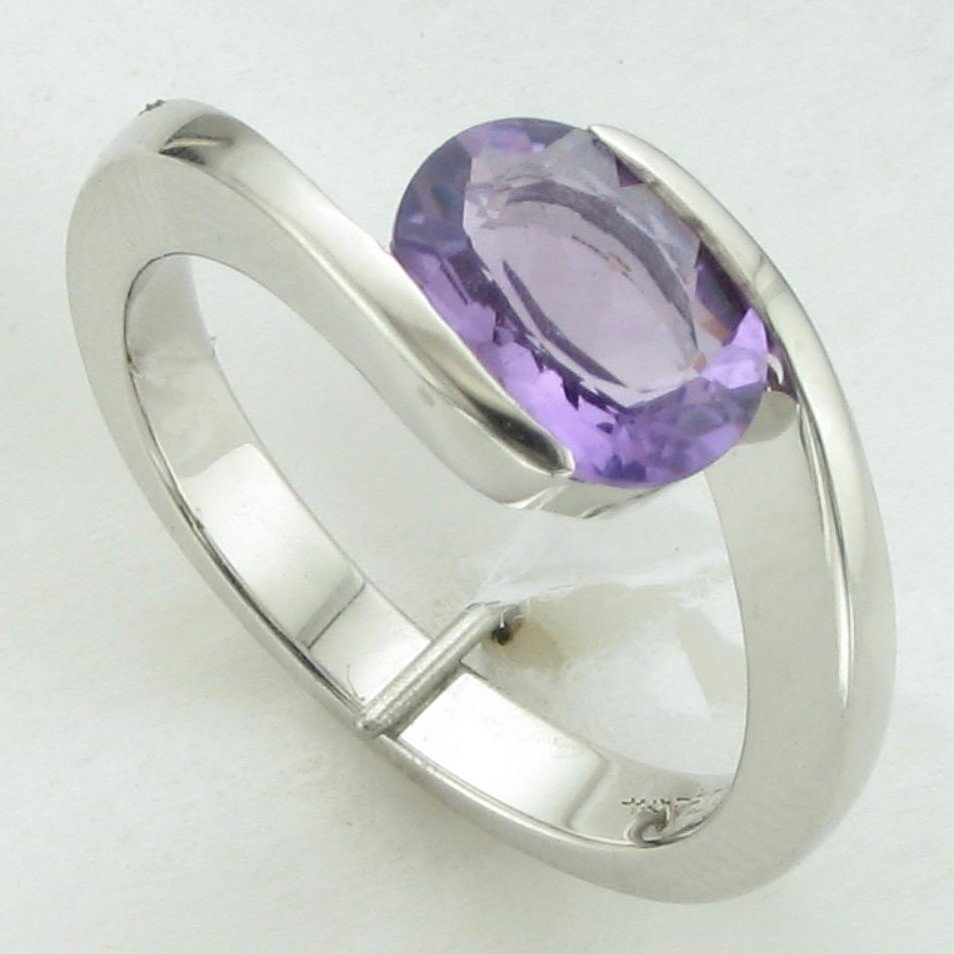 1.63ct Oval Amethyst Ring set in Sterling Silver