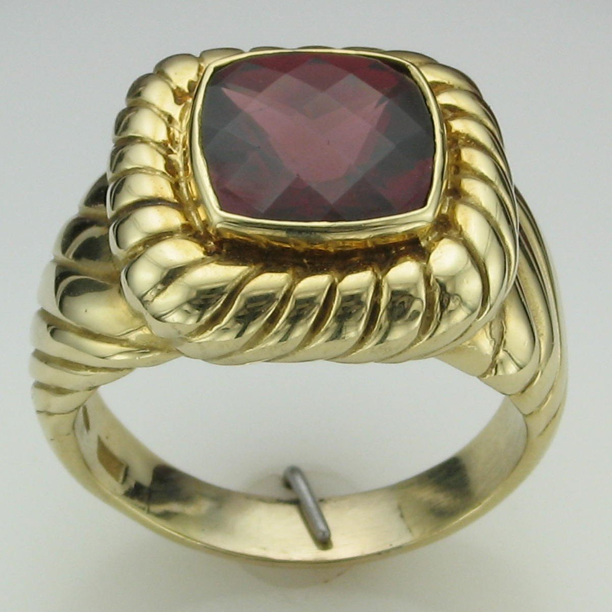 5.75ct Pyrope Garnet Men's Ring set in 18K Yellow Gold