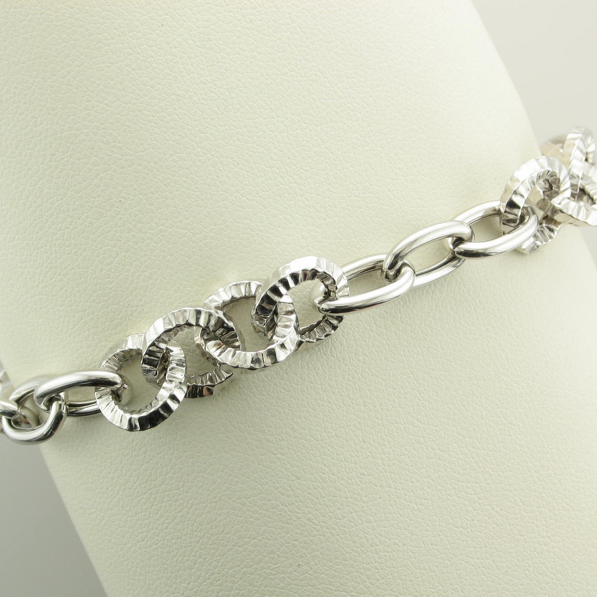 Sterling Silver Polished and Textured Large Link Magnetic Clasp Bracelet