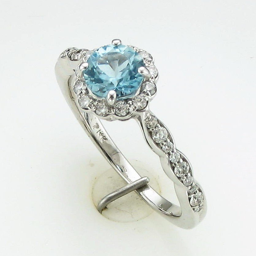 0.65ct AA Grade Aquamarine & Diamond Ring set in 14K White Gold