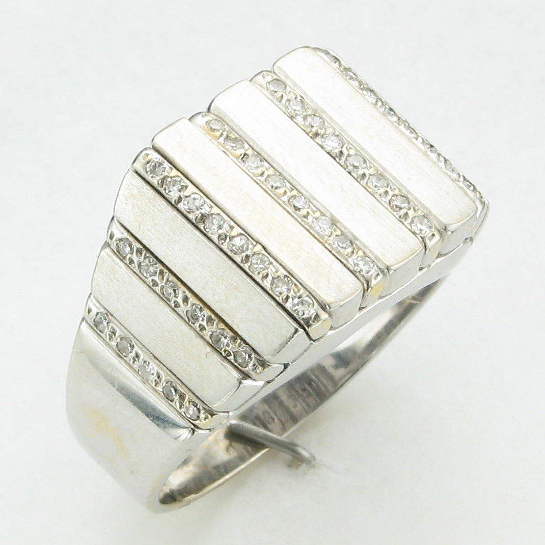 18K White Gold Diamond Bar Channels Ring