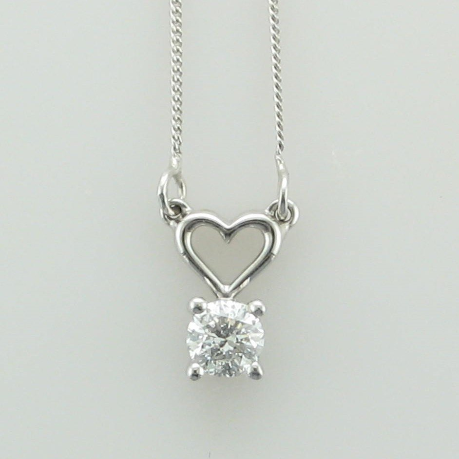 10K White Gold Round Diamond Heart Necklace