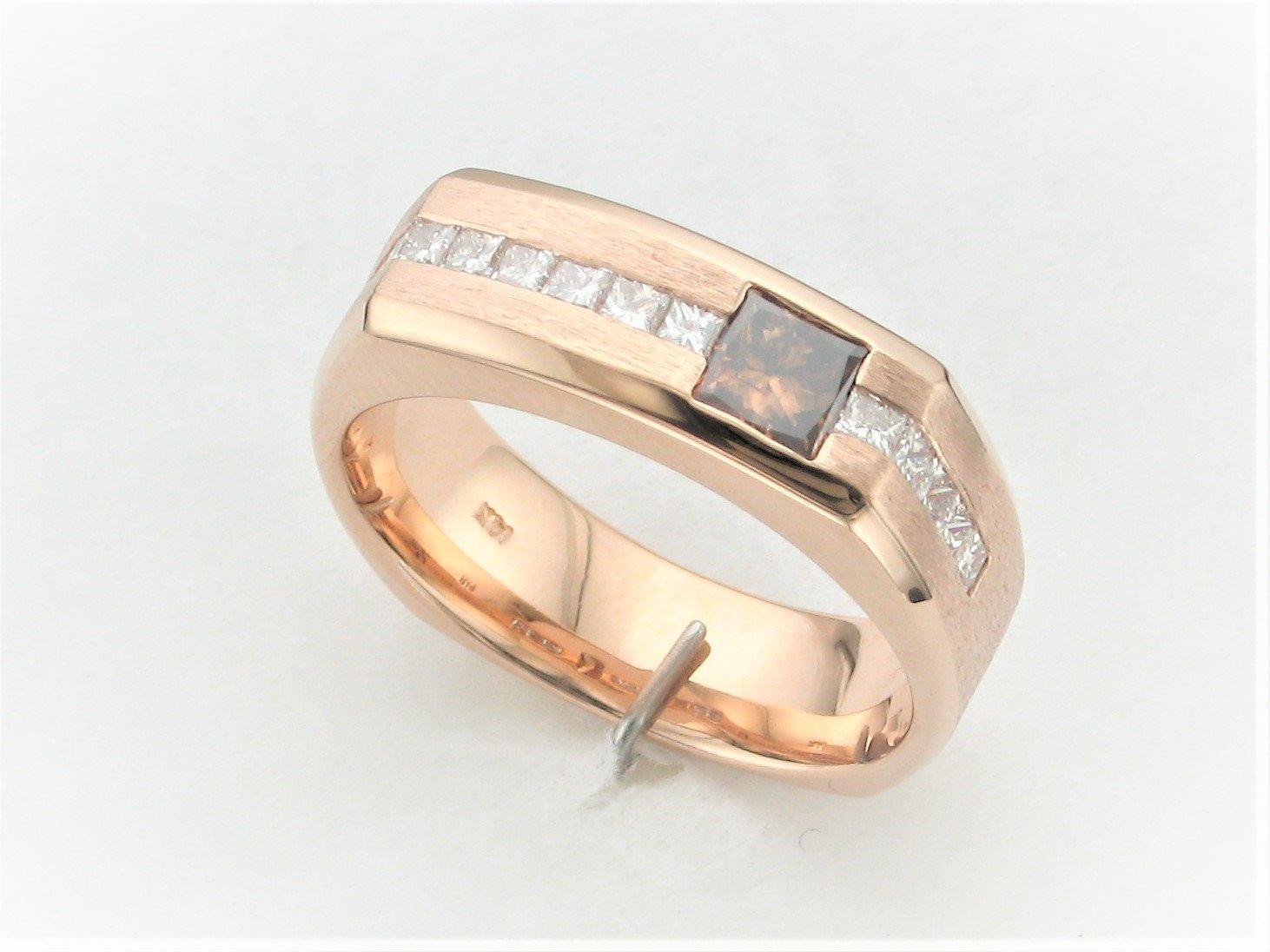 Men's 1.30 Total Carat Weight Chocolate And White Diamond Ring Set in 14 Karat Rose Gold