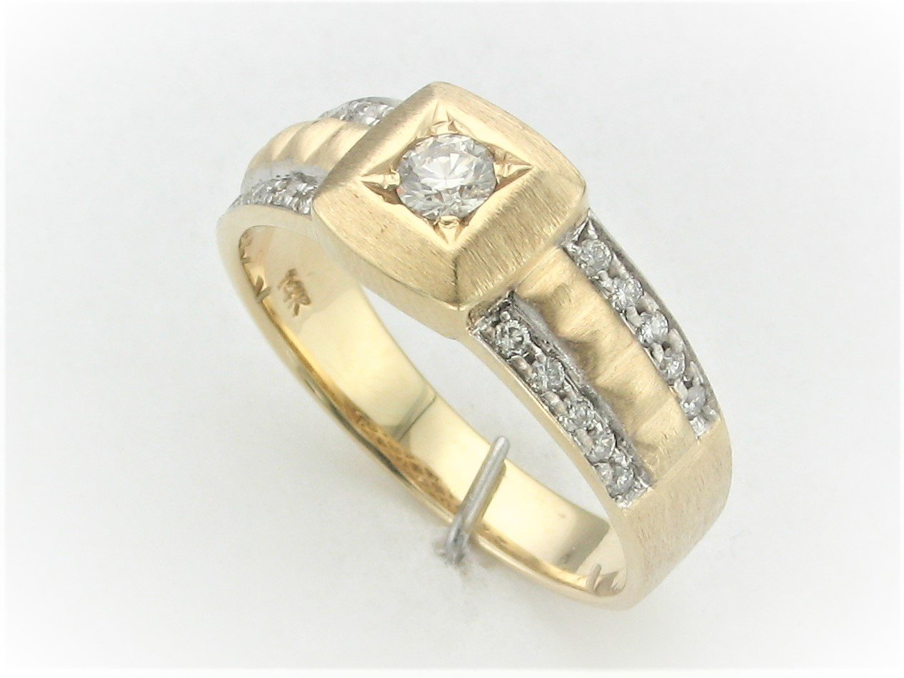 Men's  0.65 Total Carat Weight Diamond Ring Set in 14 Karat Two Tone Yellow And White Gold