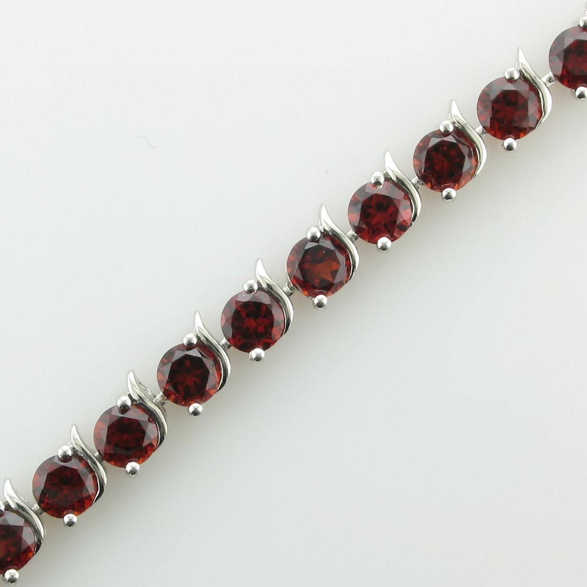 8.64tcw Garnet Bracelet set in Sterling Silver