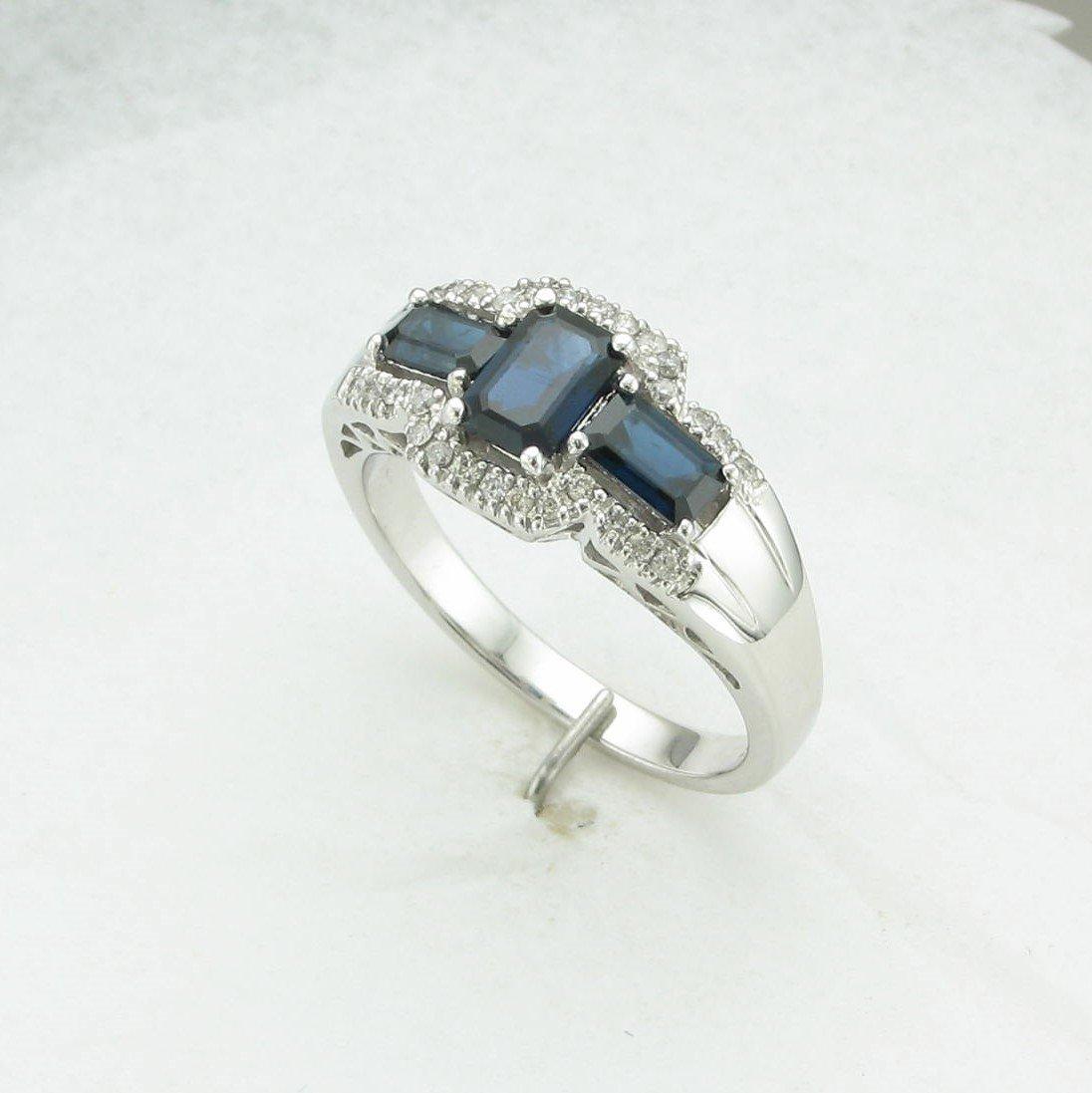 1.28tcw Sapphire & Diamond Ring set in 14k White Gold