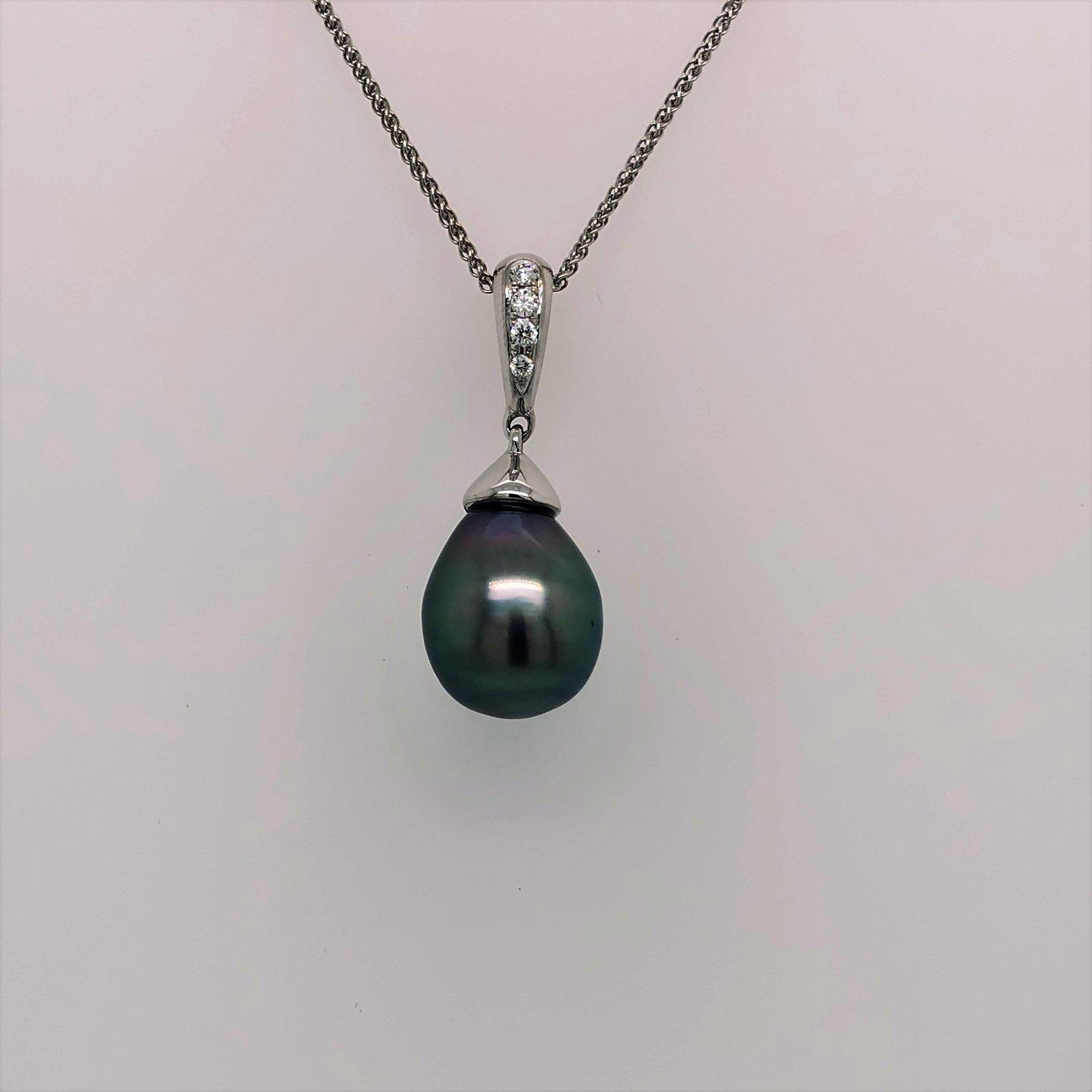 Black Tahitian Pearl and Diamond Pendant set in 14k White Gold