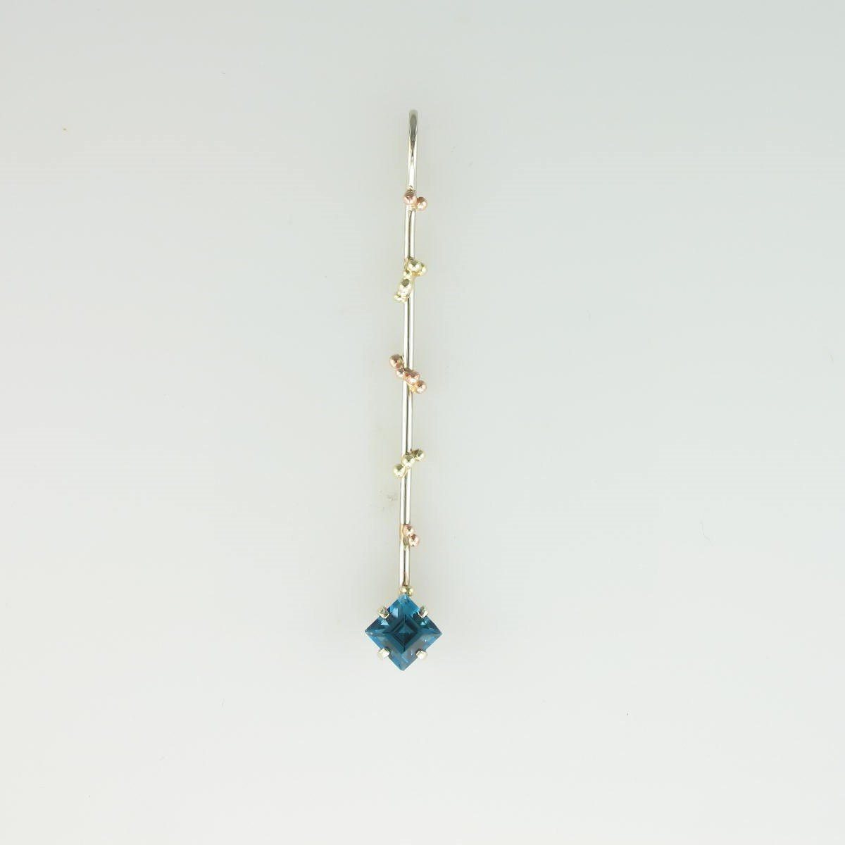 1.0ct Blue Zircon set in 14K White Gold