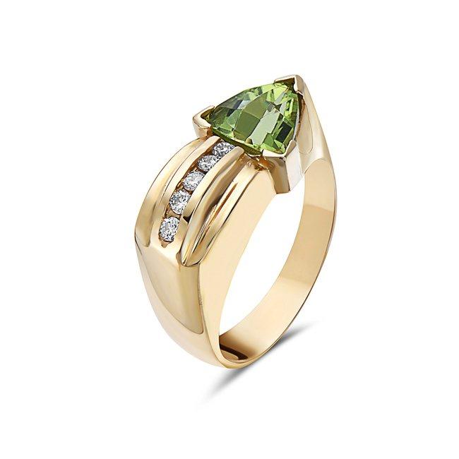 1.10 Carat Peridot & Diamond Ring set in 14 Karat Yellow Gold