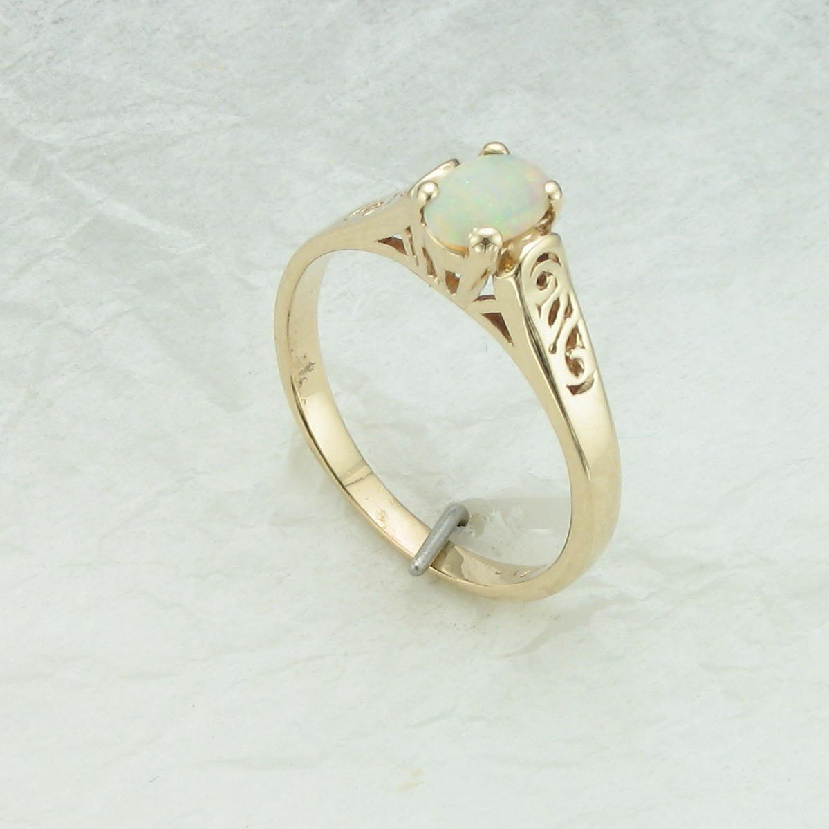 10K Yellow Gold Filligree Oval Opal Ring