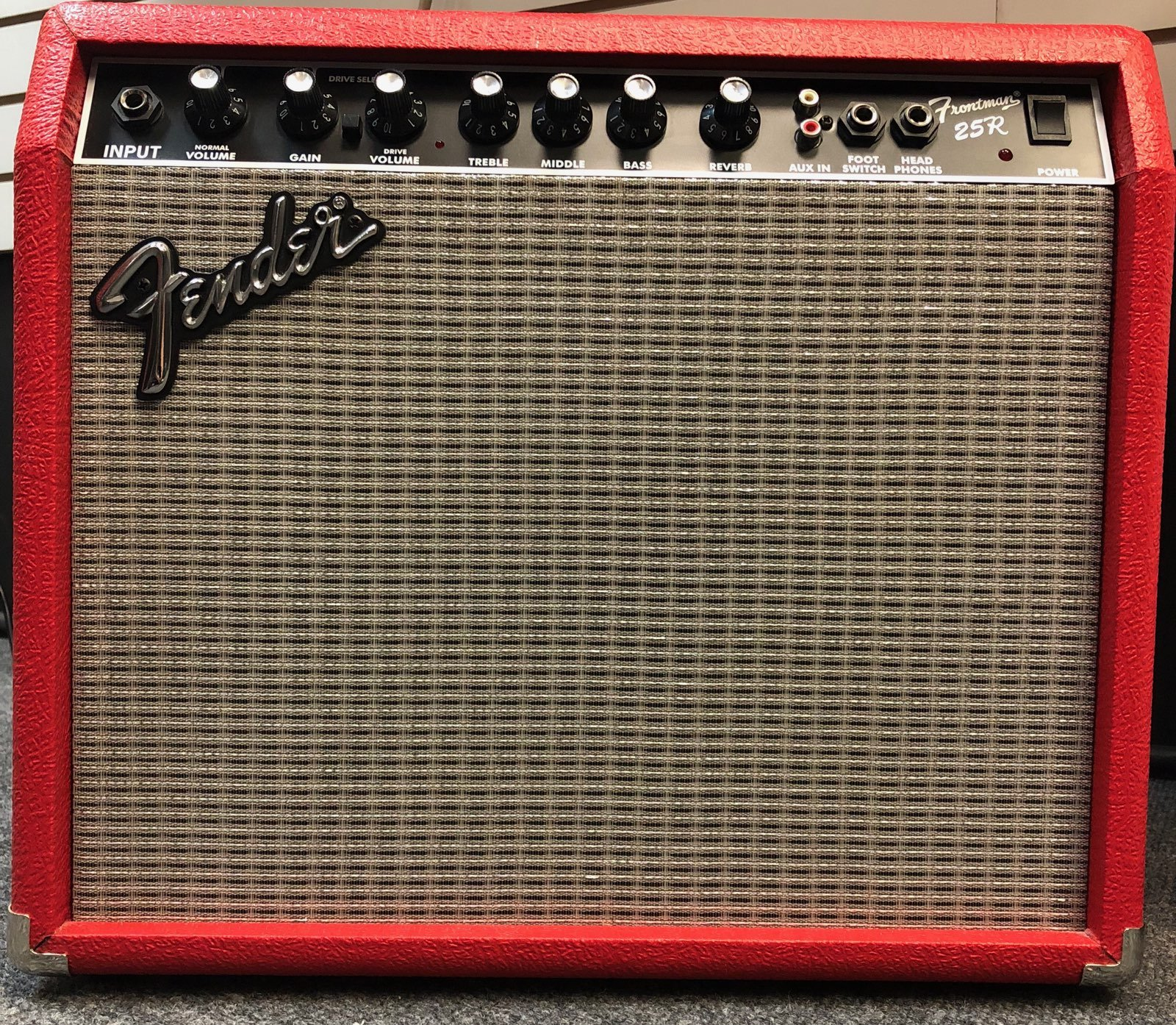 FENDER Frontman 25R Red