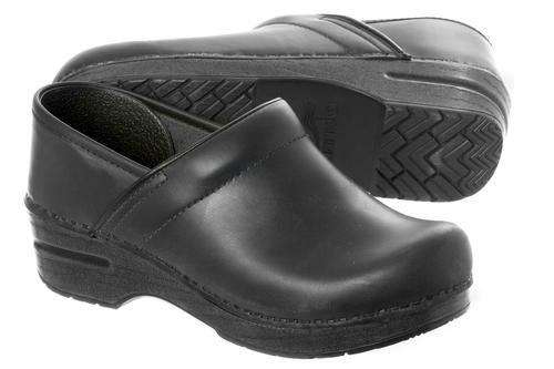 Professional Black Oiled Clogs