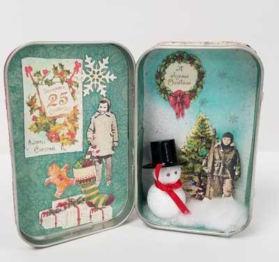 Christmas Altoid Tin Diorama