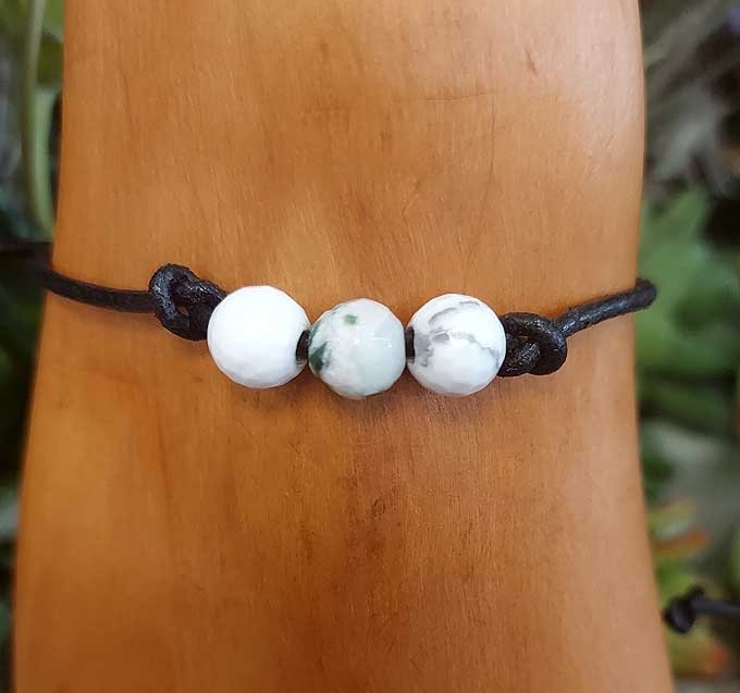 Howlite Leather Bracelet