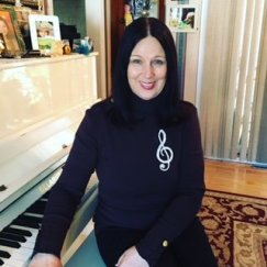 Anna Bukharova and a piano
