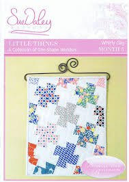 Whirley Gig by Sue Daley pattern with 100 pre-cut EPP papers and acrylic template