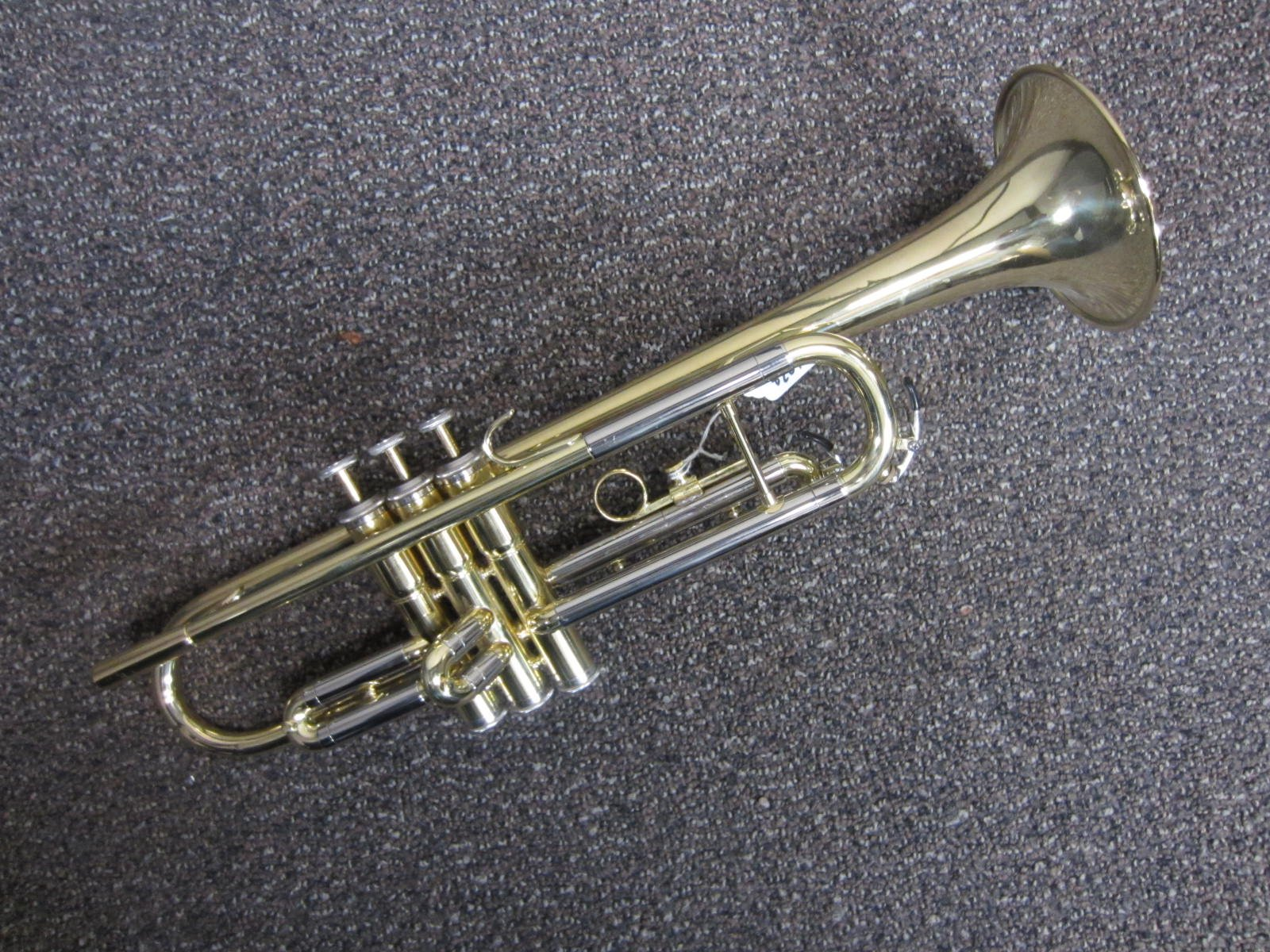Besson 609 Trumpet with Case