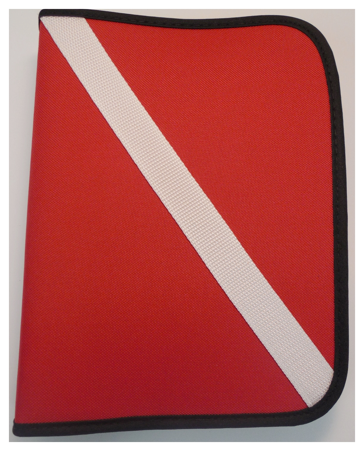 Innovative Scuba Dive Flag 3-Ring Dive Log Red/White